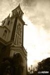 Tháp nhà thờ Huyện Sỹ